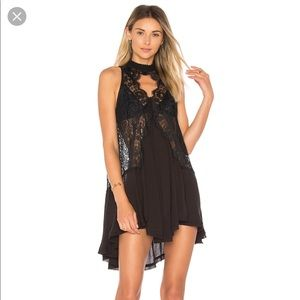 NWT: Free People Tell Tale Heart Lace Tunic🖤